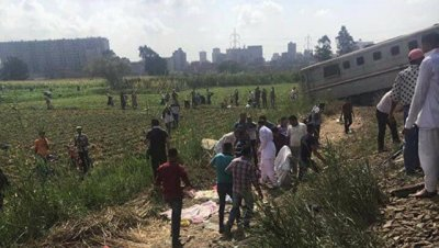 число погибших при столкновении поездов в Египте выросло до 28