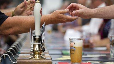 Большой британский фестиваль пива в Лондоне посетили более 50 тысяч человек