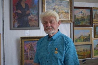 Завершилась выставка белокалитвинского жудожника Ю.А. Измайлова