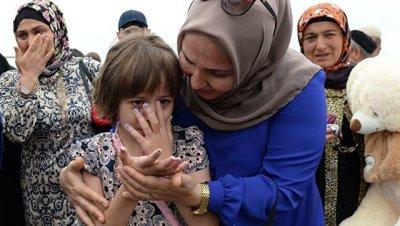 В Грозном приземлился самолет с женщинами и детьми, спасенными в Ираке