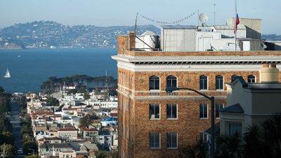 В российском генконсульстве в Сан-Франциско проведут обыск