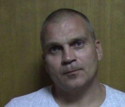 В Ростовской области мужчина связал диспетчера и ограбил фирму