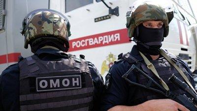 Под Тулой спецназ взял штурмом квартиру, где мужчина застрелил жену