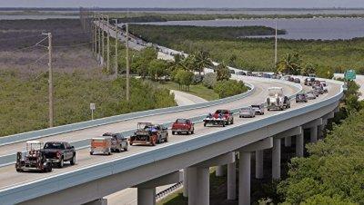 Во Флориде объявлена масштабная эвакуация в связи с ураганом