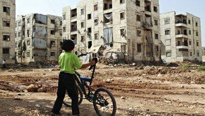 Центр по примирению в Сирии передал 680 наборов с гумпомощью жителям Алеппо