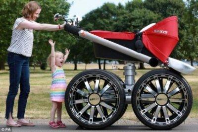 В Белой Калитве украли детскую коляску
