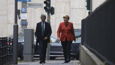Экзит-полл: блок Меркель не набрал большинства для формирования кабмина