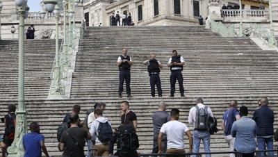 Движение поездов на вокзале в Марселе частично возобновлено после нападения