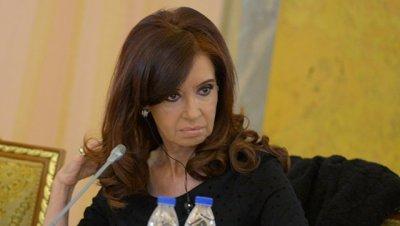 Экс-президента Аргентины вызвали на допрос и запретили выезжать из страны