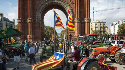 Переговоры дают шанс на сохранение целостности Испании, считает Косачев