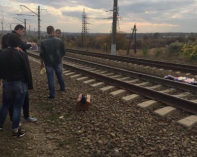 В Ростове электричка насмерть сбила 12-летнюю девочку