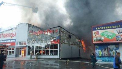 Открытое горение на рынке под Ростовом-на-Дону ликвидировано