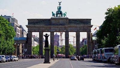 В Берлине неизвестные похитили 12 мини-памятников жертвам нацизма