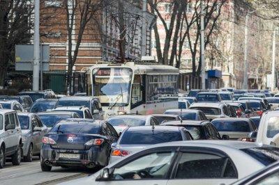Вечером в пятницу Ростов встал в десятибалльных пробках