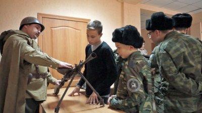 Писателя К.А. Полупанова пригласили в гости кадеты-платовцы