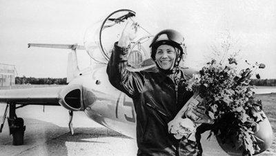 Скончалась летчик-испытатель Марина Попович