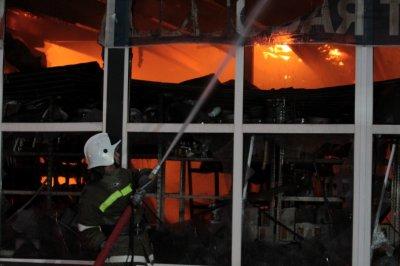 На пожаре в Азовском районе погиб мужчина