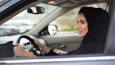В Саудовской Аравии женщинам разрешат водить мотоциклы и грузовики