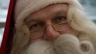В США первоклассница попросила у Санта-Клауса на Рождество одеяло и еды