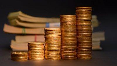 Силуанов посоветовал россиянам хранить сбережения в рублях