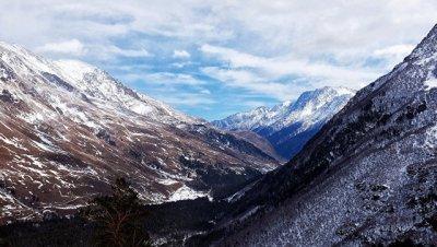 Спасатели нашли и передали медикам сорвавшегося на Эльбрусе альпиниста