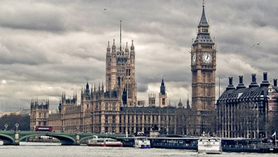 Все ключевые министры правительства Британии сохранили посты