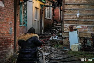 На Дону сгорел частный дом: в огне погиб мужчина