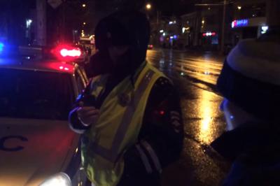 Два ростовских блогера провели ночь в отделении полиции за съемку сотрудников ГИБДД