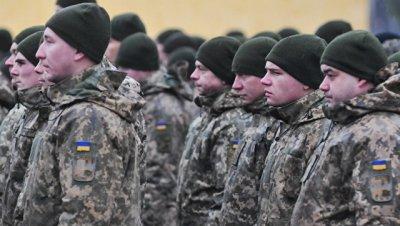 В Киеве предложили изменить воинское приветствие на
