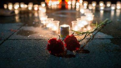 В Липецке почтили память погибшего в Сирии летчика Романа Филипова