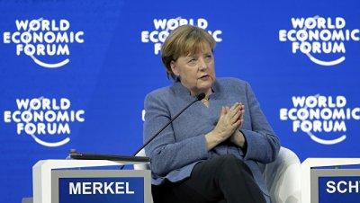 Меркель пожелала Шульцу