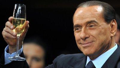 Берлускони: я останусь