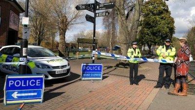 Отравившийся в Солсбери полицейский находится в стабильно тяжелом состоянии