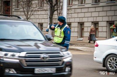 Ростовчанин устроил гонки с полицейскими в центре города, желая произвести впечатление на подруг