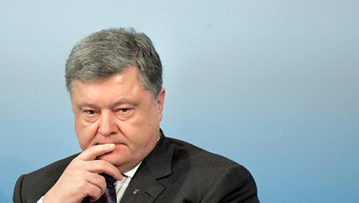 Украинские блогеры устроили перепалку из-за селфи с Порошенко