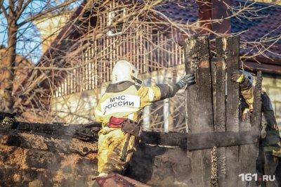 В Гуково произошел пожар в жилом доме: в огне погибла пожилая женщина