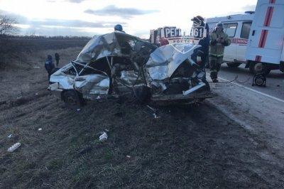 На донской трассе в ДТП с маршруткой один человек погиб, четверо ранены