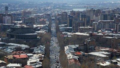 При взрыве в Ереване пострадали восемь человек, уточнили в МЧС Армении