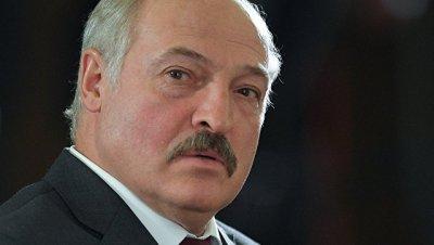 Лукашенко о коррупции среди чиновников: лучше нищим, но на свободе