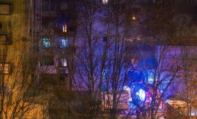 Люди выбегали в пижамах, женщина просила спасти ребенка: в Ростове горела девятиэтажка