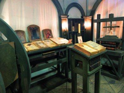 В Белой Калитве открылась мастерская по переписке рукописей «Скрипторий»