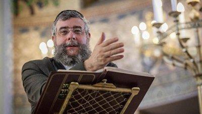 Глава Совета раввинов Европы призвал активнее бороться с антисемитизмом