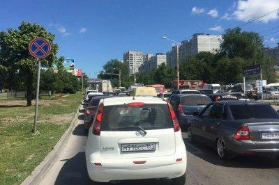 Ростовчанка потребовала ограничить въезд грузовиков на улицу Малиновского