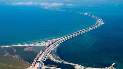 В Крыму назвали предложение Ефремова отдать мост Киеву предательством