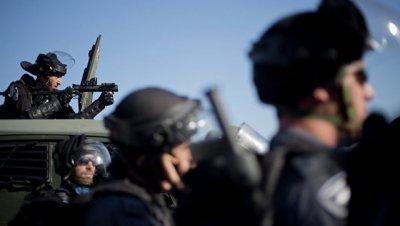 Палестинец тяжело ранил ножом молодую израильтянку