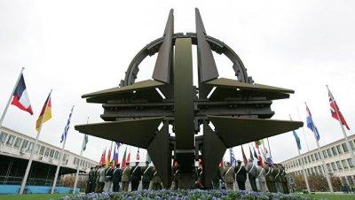 НАТО ждет от Украины реформ для вступления в альянс, сообщил источник