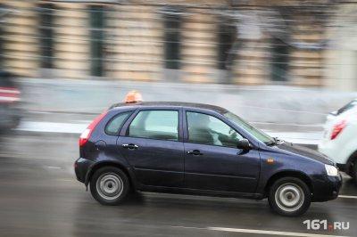 Министр транспорта пригрозил таксистам, завышающим цены во время ЧМ, антимонопольной службой