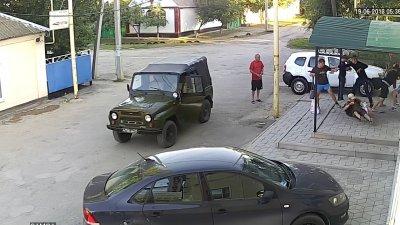 На Дону из-за неприличного жеста подрались местные жители и инженеры из Москвы