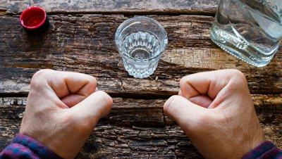 Ученые подтвердили, что алкоголь способствует развитию рака