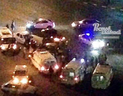 В Ростове столкнулись два автомобиля: есть пострадавшие